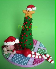 *SORRY, no information as to product used ~ FOREIGN ~ Tem alguém muito ansiosa esperando o Papai Noel....rs by Sonho Doce Biscuit *Vania.Luzz*