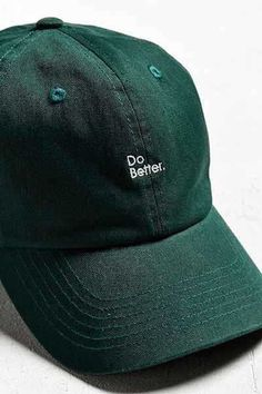 cunning as a fox Slytherin House, Slytherin Pride, Slytherin Aesthetic, Hogwarts Houses, Bones Tumblr, Artemis Crock, Cute Hats, Real Friends, Dad Hats