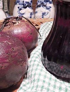 Sirup zčervené řepy Merida, Home Canning, Handmade Cosmetics, Marmalade, Natural Medicine, Easter Eggs, Christmas Bulbs, Spices, Remedies