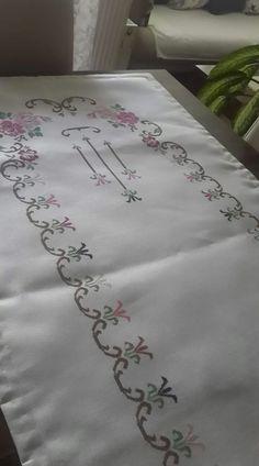 Bordado flor ausência Turk |seccade modeli