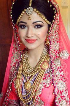 @ArtofLiza Bengali bride makeup