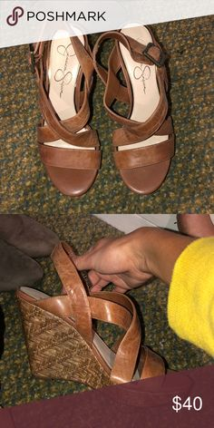 94e2d275bb9d14 Bare Traps Brown Leather Sandals Size 7.5. Light brown leather upper ...