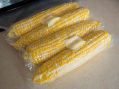 Vide Buttered Corn on the Cob Sous Vide Corn on the Cob - the sweetest, most tender corn you'll ever have, with the butter cooked in.Sous Vide Corn on the Cob - the sweetest, most tender corn you'll ever have, with the butter cooked in. How To Cook Corn, How To Cook Steak, Instant Pot Sous Vide, Sous Vide Vegetables, Joule Sous Vide, Cooking Kits For Kids, Dad Cooks Dinner, Buttered Corn, Cooking With Essential Oils