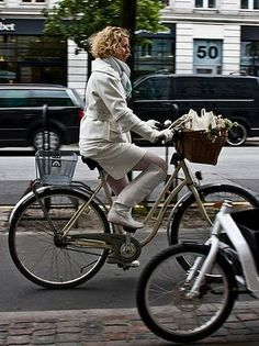 LOOK LEGAL: Cycle Chic