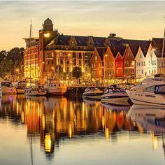 Night lights in Bergen