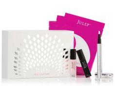 Beauty gift idea: nail art kit!