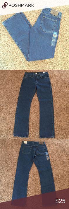 NWT Men's Eddie Bauer Jeans NWT Men's Eddie Bauer Jeans. Mid Rise, Comfortable Fit, Straight Leg. Size 33, Length 34. Eddie Bauer Jeans Straight
