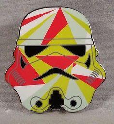Disney-Pin-Star-Wars-Stormtrooper-Helmets-Mystery-Set.jpg (366×400)