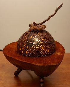 coconut+shell+lamps | Coconut Globe Table Lamp
