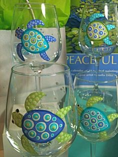 painted glassware…hmm…SEA TURTLES! I know some lovely peeps who would want one.