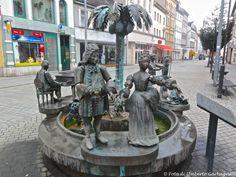 ... fontana con personaggi movibili ... Weissenfels (D)  - 21/09/2013     - © Umberto Garbagnati -