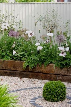 Garden Design DIY Lawn Edging Ideas For Beautiful Landscaping: Railroad Tie Raised Garden Edge - Looking for a solution decorating your yard? Take a look at these 68 lawn edging ideas that I promise that they will transform your garden. Garden Wall Designs, Flower Garden Design, Small Garden Design, Small Garden Borders, Small Garden With Flowers, Garden Design Ideas, Flowers Garden, White Flowers, Small Cottage Garden Ideas