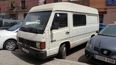Mercedes MB 180, Poble Nou (Barcelona) Mercedes Benz Vans, Motorhome, Nissan, Camper, Barcelona, Vans, Caravan, Rv, Travel Trailers