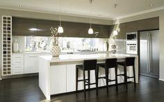 New kitchen layout narrow window ideas Kitchen Island Bench, Kitchen Benches, Kitchen Stools, Best Kitchen Layout, Open Plan Kitchen, New Kitchen, Two Tone Kitchen, Long Kitchen, Luxury Kitchens