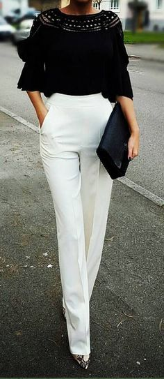 Elegant and stylish - can't go wrong with Black and White