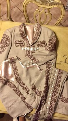 Charro Suit, Mexican Party, Old West, Wedding Suits, Cosplay, Armors, Westerns, Lion, Dresses