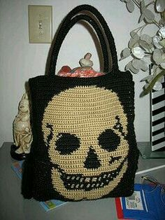 Skull tote