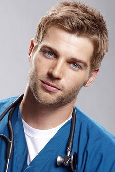 With russet brown hair and brown contacts, Mike Vogel could play a convincing Ryan Prescott in INTERMISSION Hot Doctor, Male Doctor, Beautiful Men Faces, Gorgeous Men, Blonde Guys, Handsome Faces, Men In Uniform, Raining Men, Interesting Faces