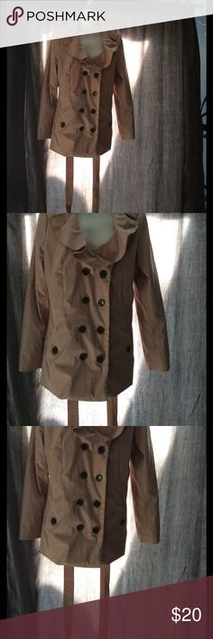 Sandro Studio Jacket Tan jacket with ruffle collar, 8 buttons in the front, 2 pockets with buttons in the front and belt to tighten. Fits like a medium. Sandro Studio Jackets & Coats Pea Coats