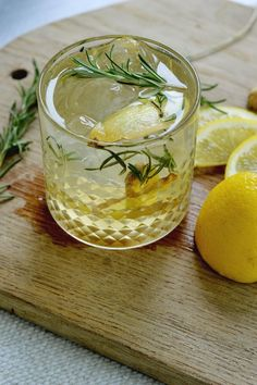 Rosemary Lemon Ginger Gin Cocktail is a refreshing drink that's perfect for fall entertaining!
