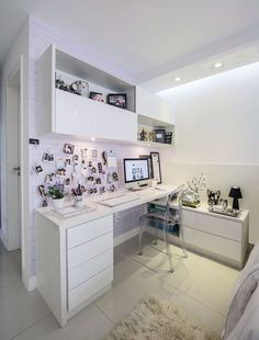 You won't mind getting work done with a home office like one of these. See these 20 inspiring photos for the best decorating and office design ideas for your home office, office furniture, home office ideas Home Office Design, Home Office Decor, House Design, Home Decor, Office Ideas, Zen Office, Zen Design, White Office, Interior Office