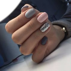 """If you're unfamiliar with nail trends and you hear the words """"coffin nails,"""" what comes to mind? It's not nails with coffins drawn on them. It's long nails with a square tip, and the look has. Gorgeous Nails, Love Nails, My Nails, No Chip Nails, Style Nails, Beautiful Gorgeous, Nagel Stamping, Nails Polish, Nail Swag"""