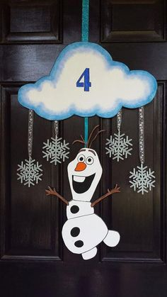 Frozen Olaf door hanger for 2015 Christmas with glitter snowflakes and styrofoam cloud - party decoration, hanging wreath - Coming Soon!Vintage Frozen New Years Decorations for 2016 by nailedit Olaf Party, Frozen Birthday Theme, Frozen Themed Birthday Party, 4th Birthday Parties, Carnival Birthday, 3rd Birthday, Frozen Party Decorations, Birthday Party Decorations, Party Favors