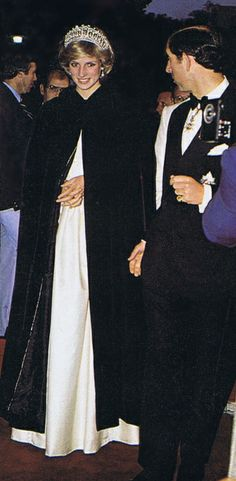 1983-06-15 Diana and Charles arrive at the State Dinner hosted by Prime Minister Pierre Trudeau at the Hotel Nova Scotian in Halifax