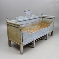 Bilder för 338126. SOFFA, utdragbar för säng, allmoge, 1800-tal. – Auctionet