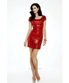 Sexy sparkling look and thick sequined hemline by SCALA