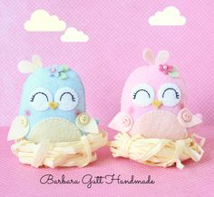 Barbara Handmade: Spirng birds Foam Crafts, Arts And Crafts, Paper Crafts, Fabric Animals, Felt Animals, Sewing Crafts, Sewing Projects, Felt Owls, Felt Birds