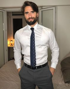 Mens Fashion Suits, Mens Suits, Men's Fashion, Casual Outfits, Men Casual, Business Outfit, Hot Hunks, Suit And Tie, White Shirts