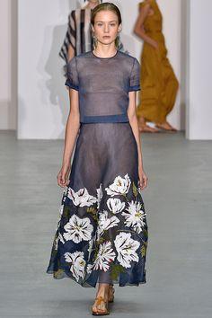 // Jasper Conran / Spring/Summer 2017 / Ready To Wear Collection / British Vogue // Fashion Mode, Fashion 2017, Love Fashion, Runway Fashion, High Fashion, Fashion Show, Fashion Dresses, Fashion Design, Fashion Trends