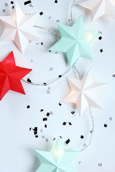 DIY paper star lights - by Pinjacolada blog