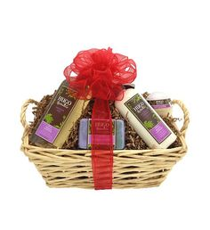 Hugo Naturals Gift Basket Includes: - French Lavender Handcrafted Soap - French Lavender All Over Lotion - French Lavender Shower Gel - Lavender Chamomile Fizzy Bath Bomb  #crueltyfree #noanimaltesting #vegan #glutenfree
