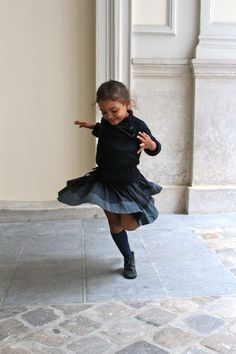 Little girl Dancing