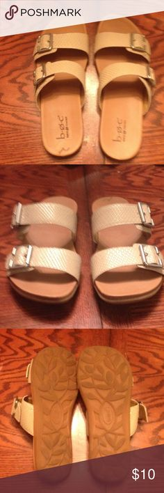 Adjustable Sandals. Tan adjustable sandals. Very comfortable. Good condition. Born Concept Shoes Sandals