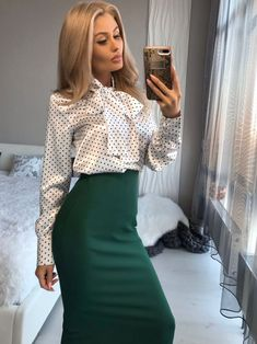 Tight Pencil Skirt, Satin Pencil Skirt, Pencil Skirt Outfits, High Waisted Pencil Skirt, Classy Business Outfits, Business Wear, Work Fashion, Fashion Outfits, Satin Blouses