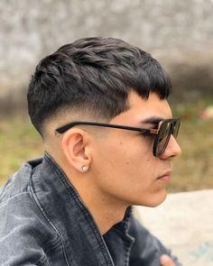Fade Haircut Styles, Hair And Beard Styles, Short Hair Styles, Very Short Hair Men, Korean Short Hair, Male Haircuts Curly, Haircuts For Men, Hairstyles Men, Men Blonde Hair