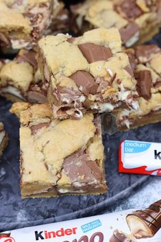 *This post may contain affiliate links. Please see my disclosure for more details!* Gooey, Delicious Kinder Bueno Cookie Bars packed full with Kinder Chocolate and. cookie recipes top 10 most popular Kinder Bueno Cookie Bars! Tray Bake Recipes, Easy Cake Recipes, Healthy Dessert Recipes, Easy Desserts, Sweet Recipes, Baking Recipes, Cookie Recipes, Lunch Box Recipes, Kinder Bueno Recipes