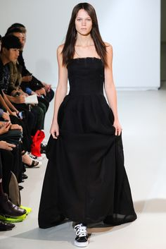 Yang Li Spring 2014 Ready-to-Wear Fashion Show
