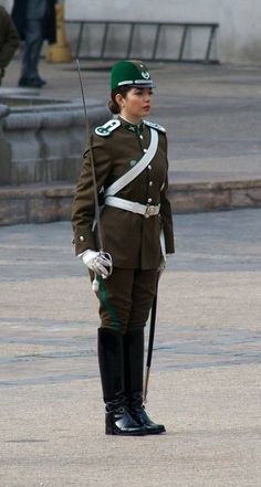 Chile Police Carabineros woman Related posts:VIOLATION of the US flag code -- regardless of the intent. Police Uniforms, Army Uniform, Girls Uniforms, Biker Boots Outfit, Army Police, Idf Women, Black Leather Dresses, Warrior Girl, Female Soldier