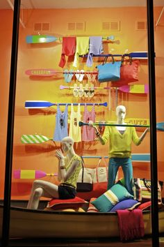 (A través de CASA REINAL) >>>>> visual merchandising for summer