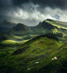 Scottish Highlands Isle of Skye Highlands Scotland, Scottish Highlands, Scotland Travel, Scotland Castles, Scotland Nature, Glasgow Scotland, Ireland Travel, Outlander, Places To Travel