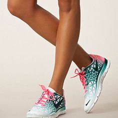 #ombre #obsessed nike free runs
