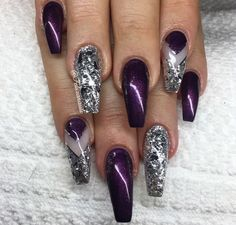 Make an original manicure for Valentine's Day - My Nails Fabulous Nails, Perfect Nails, Gorgeous Nails, Pretty Nails, Cute Nails, Cute Acrylic Nails, Glitter Nail Art, Fancy Nails, Bling Nails