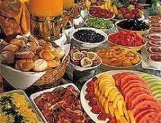 43 Ideas For Breakfast Buffet Display Ideas Breakfast And Brunch, Hotel Breakfast Buffet, Hotel Buffet, Brunch Buffet, Best Breakfast, Breakfast Recipes, Champagne Breakfast, Breakfast Fruit, Tapas