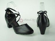 http://www.naturalspin.com/natural-spin-standard-smooth-shoesclosed-m130205blacksgpa-p-8007.html