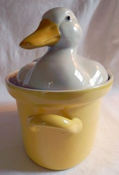 Vintage Hall China Large Carbone Duck Casserole w/ handles
