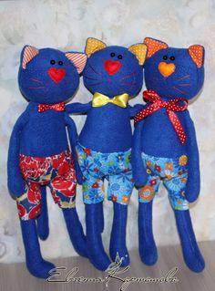 Felt Dolls, Doll Toys, 5 Min Crafts, Chicken Crafts, Stuffed Animal Cat, Fabric Animals, Fabric Toys, Cat Doll, Cat Pattern